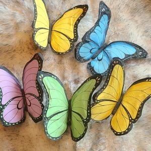 Paper Hanging Butterflies decor